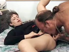 Mature babe got oral pleasure and doggy style fuck