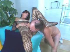 Nasty mature slut gets roughly banged and jizzed