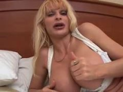 Breasty mature slut likes to suck big sausages