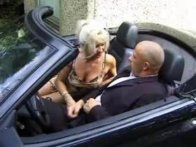 Mature lady with perfect body rides cock in nature
