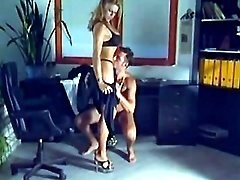 Gorgeous milf tempts guy in office
