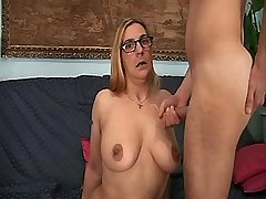Old mom in glasses has fuck n gets cumshot on tits