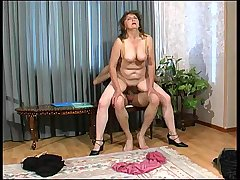 Rebecca&Mike kinky mom on video